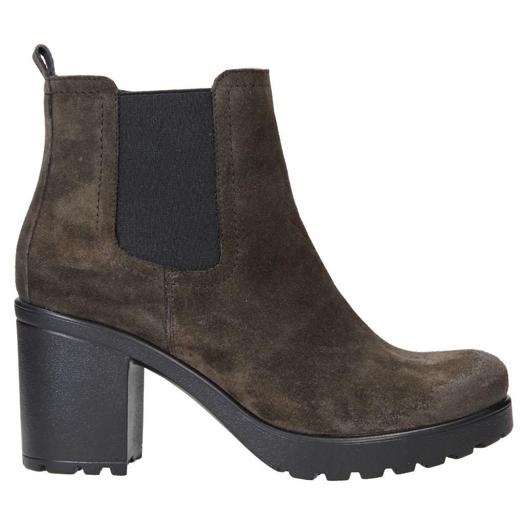 c055b640 15 świetnych par butów z nowej kolekcji CCC. Zobacz pierwsze jesienne  nowości