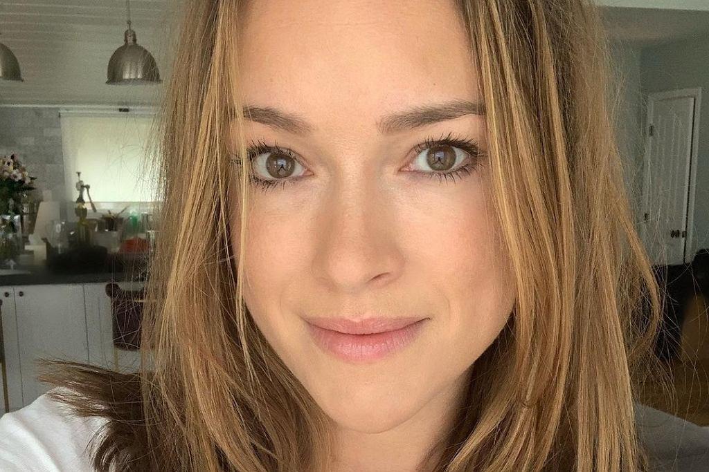 Alicja Bachleda-Curuś opublikowała nowe zdjęcie w subtelnym makijażu. Fani są zachwyceni!