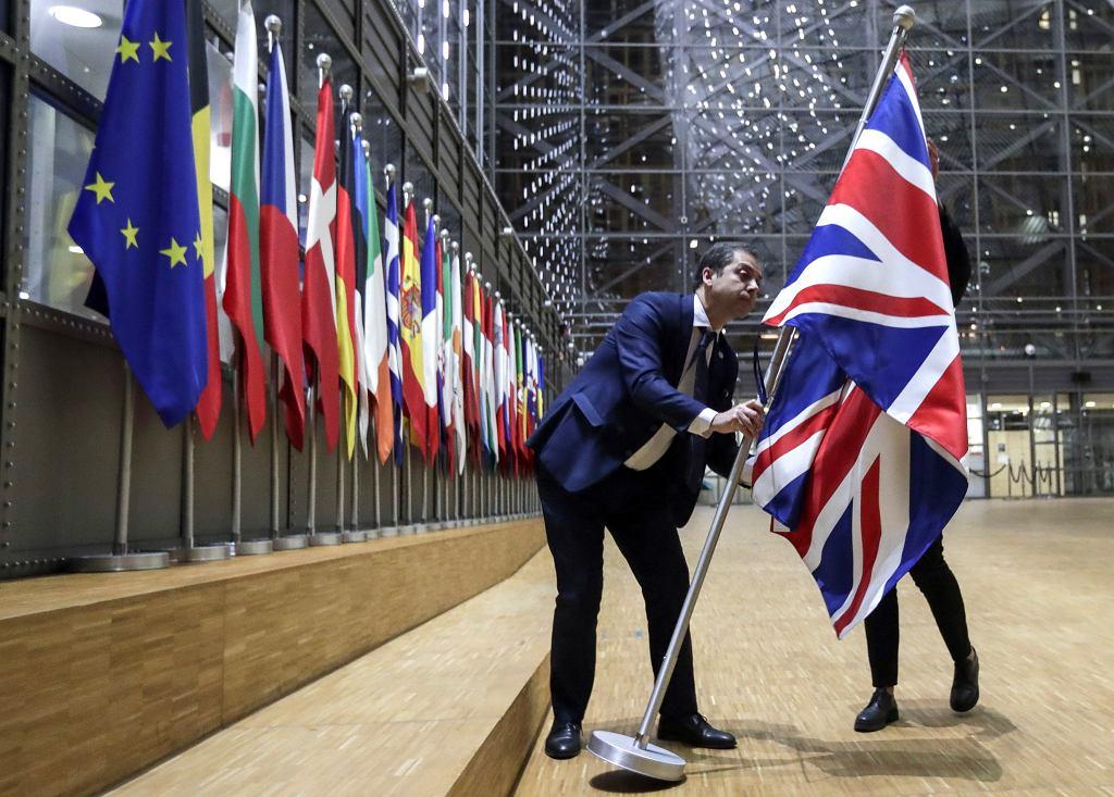 Demontaż brytyjskich flag z budynków unijnych