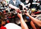 Najwięcej alkoholu piją restauratorzy, najmniej duchowni i geolodzy. Najnowsze badania