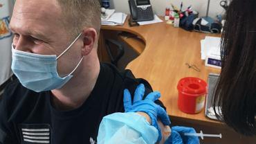 Koronawirus. W poniedziałek (29 marca) rozpoczęła się akcja szczepień przeciw COVID-19 funkcjonariuszy podlaskiej Służby Więziennej