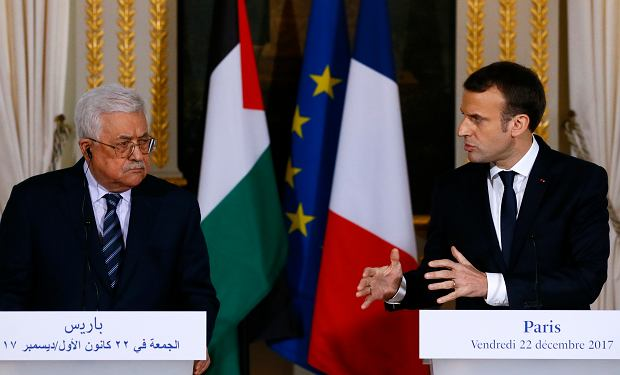 Emmanuel Macron i Mahmoud Abbas