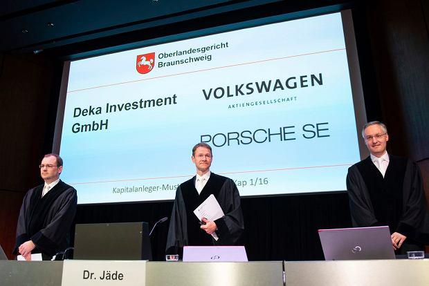 Akcjonariusze chcą od Volkswagena 9,2 mld euro. Rozpoczął się proces za spalinowe oszustwo