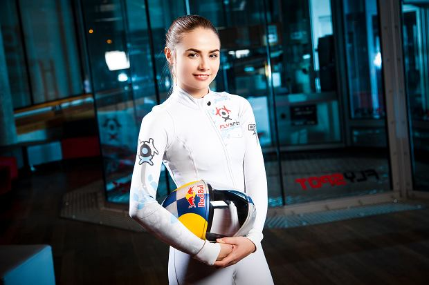 Maja Kuczynska poses for a portrait during a training in Warsaw, Poland on November 1, 2016 // Lauri Aapro / Red Bull Content Pool  // AP-1Q8E3PNV51W11 // Usage for editorial use only //