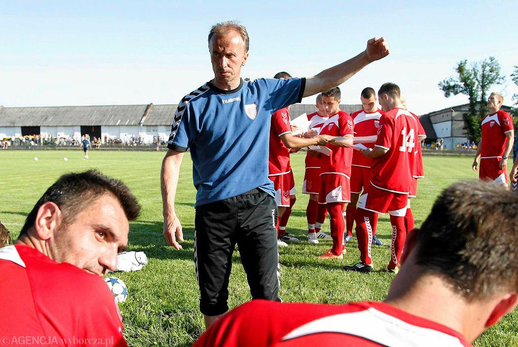 Trener Jacek Trzeciak i zawodnicy Polonii Bytom
