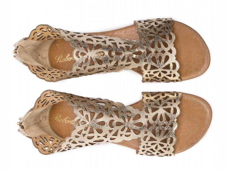 buty na płaskim obcasie