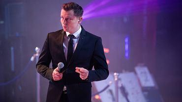 Rafał Brzozowski, nachalnie promowany przez TVP i jej prezesa Jacka Kurskiego, nie zdobył uznania na Eurowizji i przepadł w półfinale