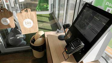 Samoobsługowy sklep Bio Family Supermarket w Poznaniu