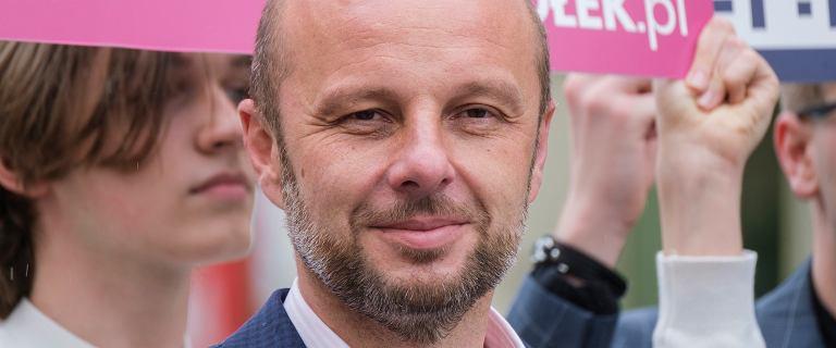Wybory prezydenckie w Rzeszowie. Kim jest Konrad Fijołek?