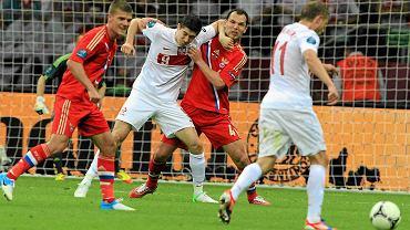 Rafał Murawski w akcji przeciwko Rosji. To jego drugie Mistrzostwa Europy - grał też w 2008 roku.