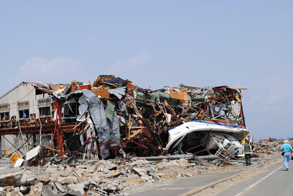 Zniszczenia po tsunami z 11 marca 2011 roku w Japonii, najbardziej kosztownej pod względem strat ekonomicznych katastrofy naturalnej w historii