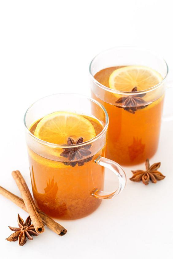 Herbata z cytryną i imbirem doskonale chroni przed infekcjami.