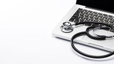 Zwolnienia lekarskie na papierze odchodzą do lamusa. 1 grudnia zastąpiły je e-zwolnienia