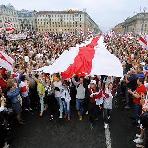 Protest w Mińsku latem 2020 r. po ogłoszeniu zwycięstwa Aleksandra Łukaszenki w sfałszowanych wyborach prezydenckich na Białorusi