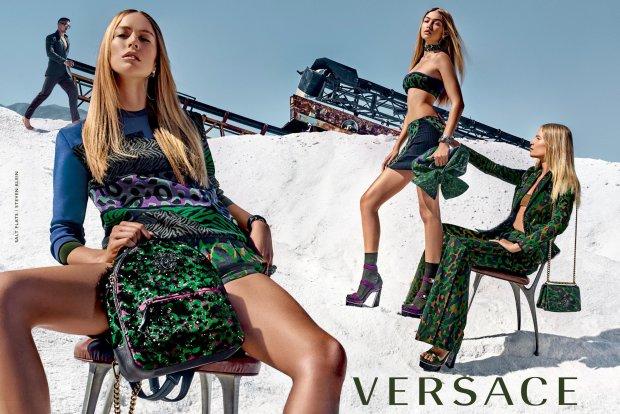 Kampania Versace na wiosnę 2016 - piękności na śniegu