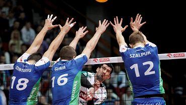 Olsztyńscy kibice i siatkarze trzymają kciuku za Grzegorza Szymańskiego