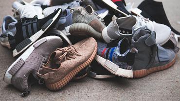 Śmierdzące buty mogą naprawdę uprzykrzać życie.