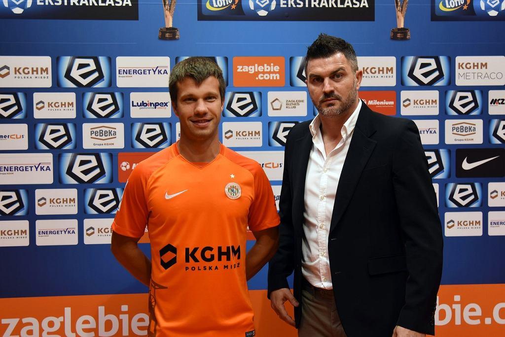 Damjan Bohar i dyrektor sportowy Zagłębia Michał Żewłakow