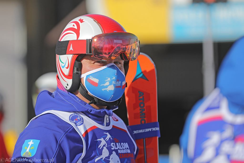 Prezydent Andrzej Duda otworzył charytatywne zawody w narciarstwie na Polanie Szymoszkowej, 7 marca 2021 r.