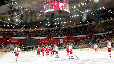 Katowice. Mecz hokeja na lodzie w Spodku: Polska - Zagraniczne Gwiazdy Ligi 5:3
