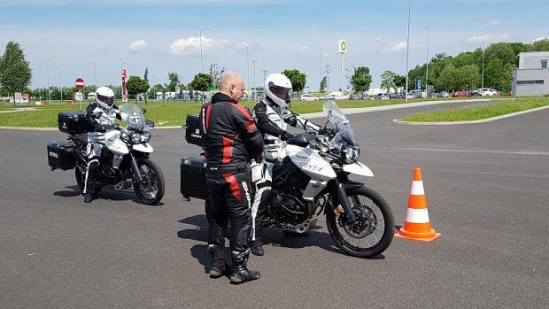 Motocyklowe patrole pojawią się na autostradach. Co będą robić?