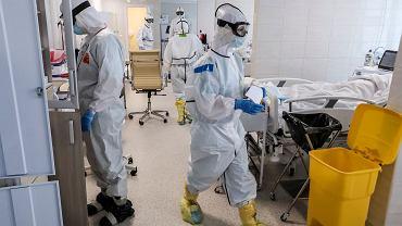Lekarze w szpitalu zakaźnym w Moskwie, 2 maja 2020 r.