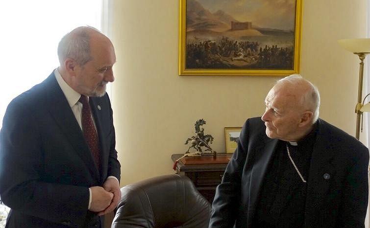 Antoni Macierewicz i kardynał Theodore McCarrick