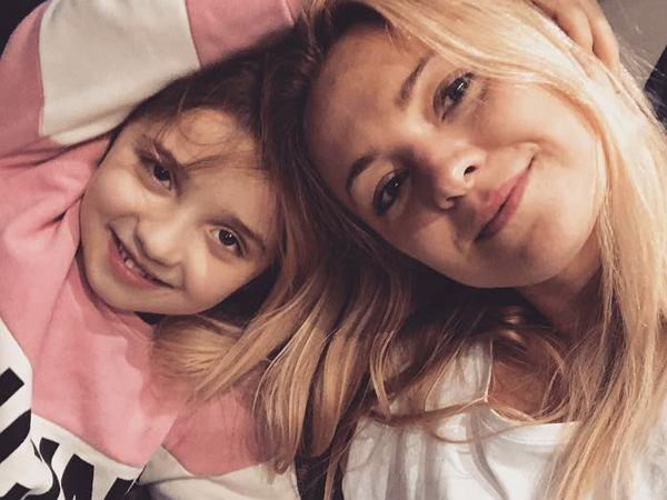 Wiemy, jak będzie miał na imię syn Barbary Kurdej-Szatan. Wybrała je córka aktorki. To już oficjalne