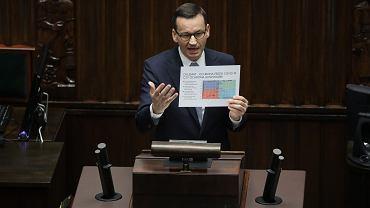 Premier rządu PiS Mateusz Mrawiecki podczas broni kolejnych tarcz antykryzysowych. Warszawa, Sejm, 28 maja 2020