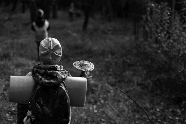 """""""Żadna plansza czy atlas nie zastąpią dotyku liścia"""". Opowieść przedszkolanki o tym, dlaczego warto """"wyprowadzić dzieci do lasu""""  [I PIĘKNE ZDJĘCIA]"""