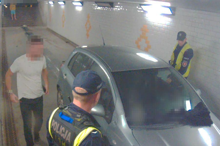 Sopot. Pijany 27-latek wjechał do tunelu dla pieszych
