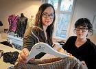 """Firma spod Poznania szyje identyczne sukienki dla mam i córek. Wspomniał o nich włoski """"Vogue"""""""