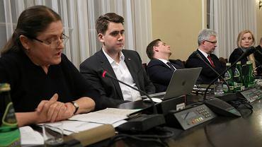 Krystyna Pawłowicz, Daniel Milewski i Bartosz Kownacki podczas posiedzenia sejmowej Komisji Sprawiedliwości i Praw Człowieka w sprawie kandydatów do KRS, 5 marca 2018.
