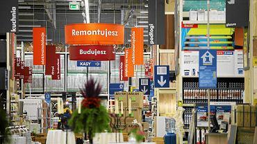 Białystok, market budowlany Castorama.