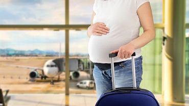 Podróżowanie w ciąży. Do kiedy można bezpiecznie podróżować w ciąży? Zdjęcie ilustracyjne
