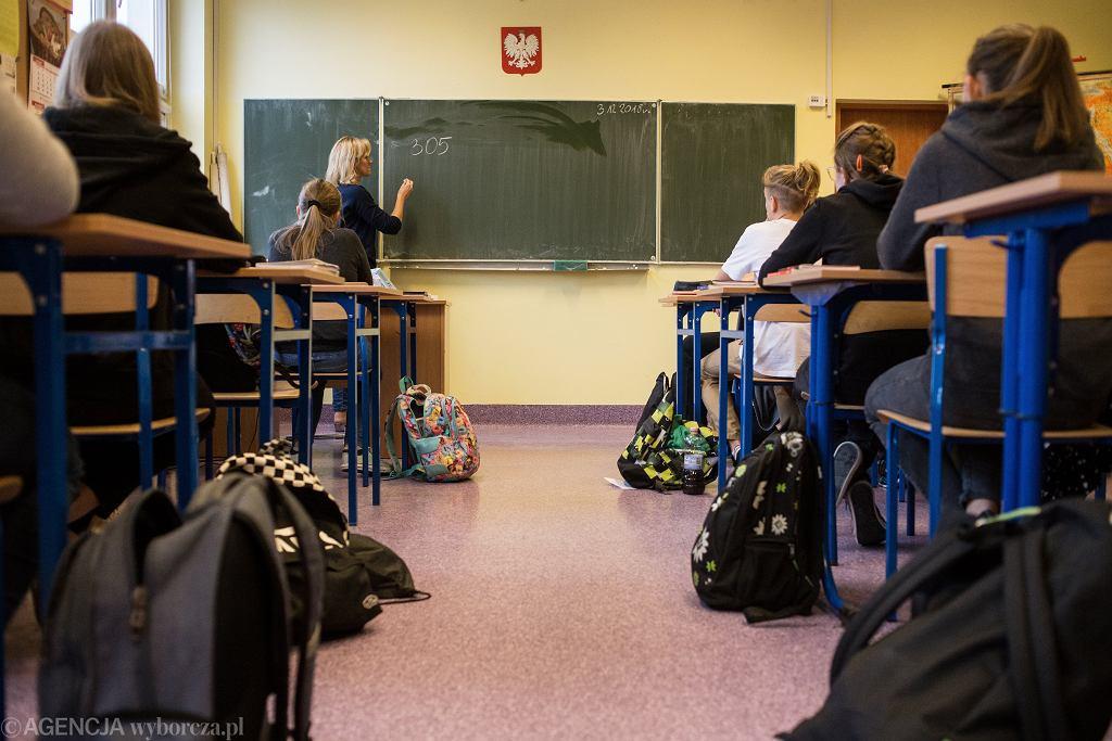 Szkoła - nauczyciel nie może przeszukać plecaków