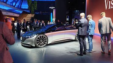 Studyjny MercedesVision EQS