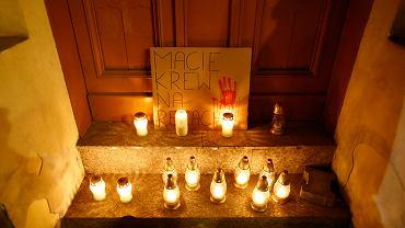 22.10.2020. Łódź. Protest przed siedzibą PiS przy Piotrkowskiej przeciwko wyrokowi Trybunału Konstytucyjnego dotyczącego aborcji