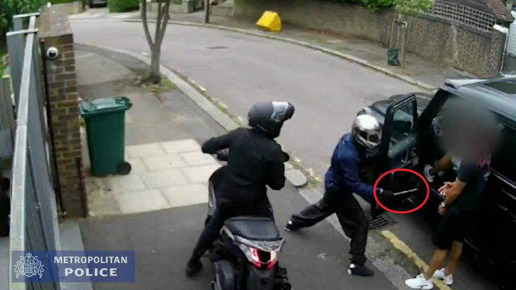 Jest nowe nagranie z ataku na Seada Kolasinaca i Mesuta Oezila