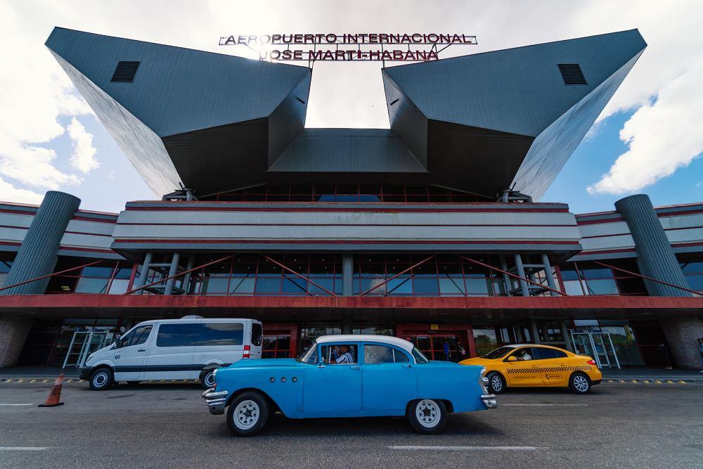 Lotnisko w Hawanie otwiera się na turystów po prawie 8 miesiącach