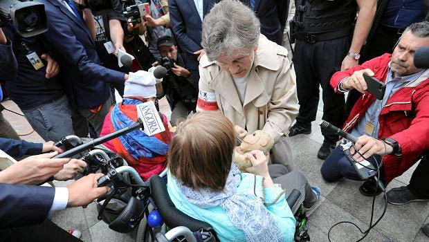 Wanda Traczyk-Stawska w końcu dostała zgodę na spotkanie z protestującymi w Sejmie