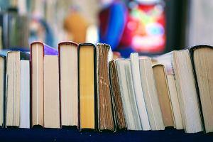 Lista lektur egzamin ósmoklasisty 2021. Jakie książki trzeba znać, a które można w tym roku pominąć?