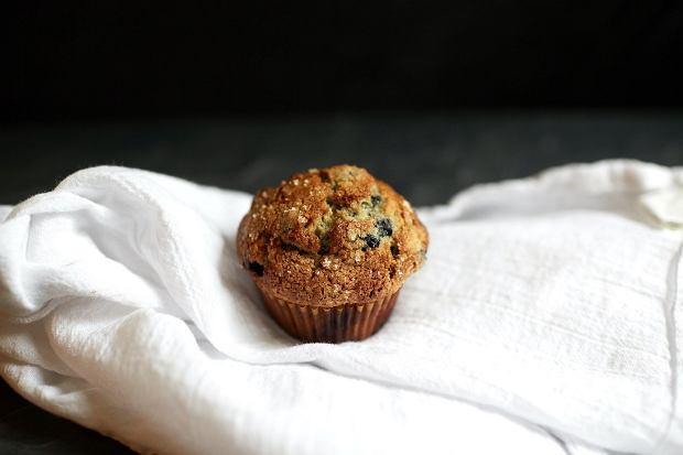 Przepis na muffinki z kaszy jaglanej z kiszoną kapustą i grzybami od Cuda Garnki