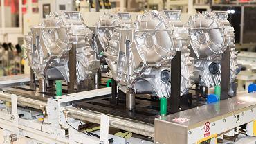 Wałbrzych, linia produkcyjna przekładni do samochodów hybrydowych Toyoty.