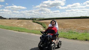 """Bartek Rzońca na wyprawie rowerowej pod hasłem """"Wózkiem przez Polskę"""""""