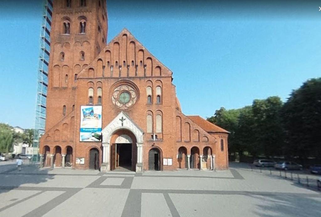 Parafia św. Stanisława Biskupa Męczennika w Ostrowie Wielkopolskim