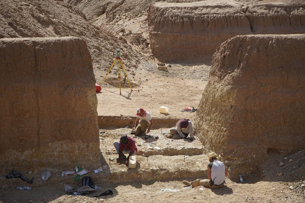 Prace archeologiczne we wschodniej części Sahary w Sudanie.
