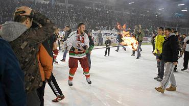 W marcu po zwycięstwie 9:1 w piątym meczu z Nestą Toruń dało Zagłębiu Sosnowiec upragniony awans do ekstraligi