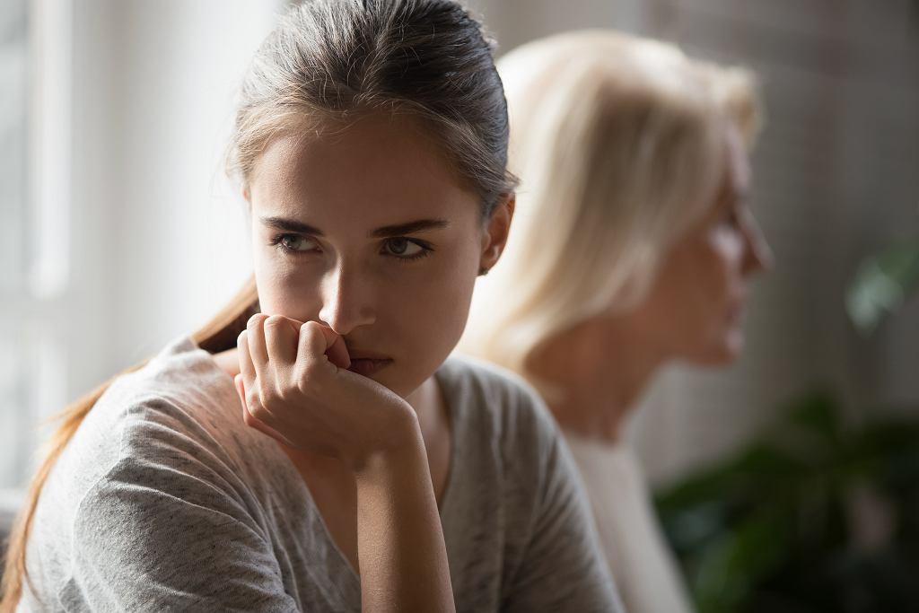 Toksyczna relacja matki i córki