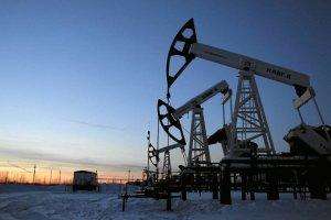 Naftowy sojusz Rijadu z Moskwą. Ropa gwałtownie drożeje